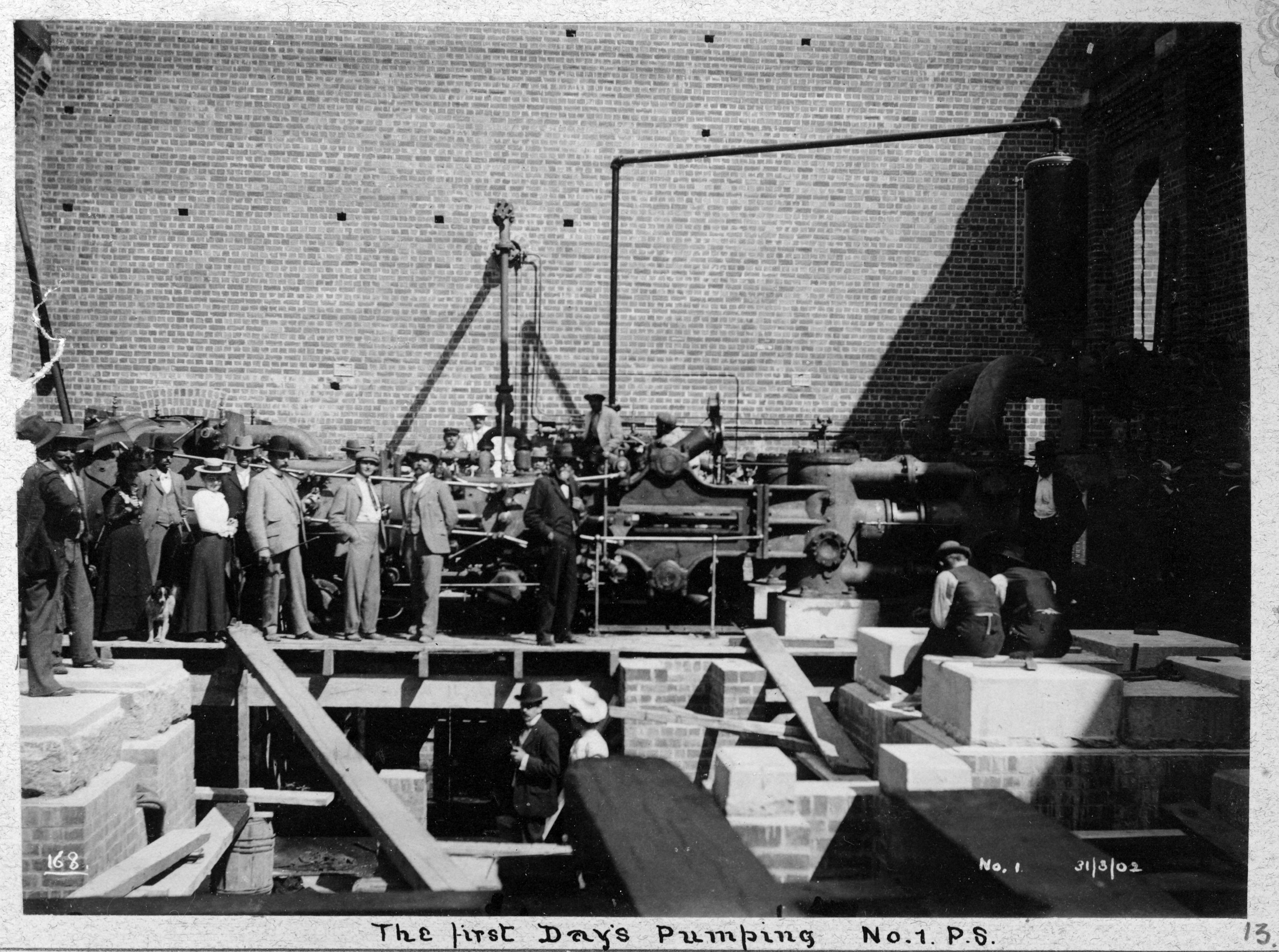A crowd observes the first day's pumping at No 1 Pump Station, c. 1902.